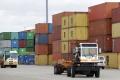 Prepad exportu stiahol Maďarsko do prvého obchodného schodku za 2 roky