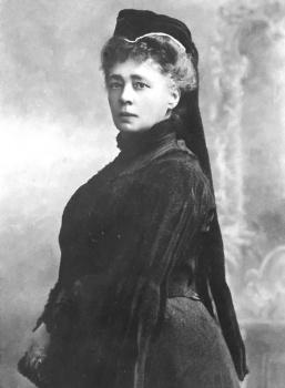 Prvou ženou, ocenenou Nobelovou cenou za mier bola Bertha Suttnerová