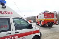 SVIDNÍK: Pri zrážke auta s kamiónom zomrel 22-ročný muž