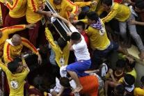 Procesia s Ježišom v Manile má 800 zranených veria