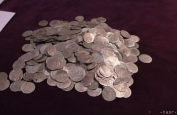 Poklad z Lučivnej: Objavili strieborné mince zo 17. a 18. storočia