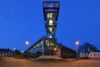 Autizmus a budovy osvetlené na modro