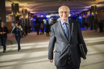 Miroslav Mikolášik ponúka stáž v Európskom parlamente