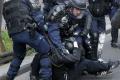 Šéfa bruselskej polície zranili počas demonštrácie