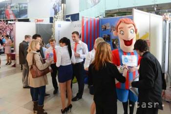 Študenti v Bratislave prezentovali svoje firmy
