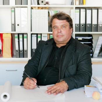 STU v Bratislave má ďalšieho hosťujúceho profesora zo zahraničia