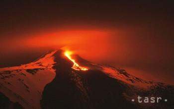 Talianska Etna sa na krátky čas zobudila