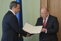 Rezník si prevzal dekrét o zvolení na post generálneho riaditeľa RTVS
