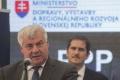 Ministri tvrdia, že o trase D4 cez Malé Karpaty bude ešte diskusia