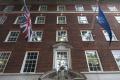 Expert: Ak sa EÚ pred Britániou skloní, rozbehne snahy o vystúpenie