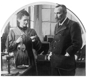 Rádium identifikovali v smolinci manželia Curieovci pred 115 rokmi