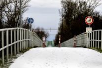 Rakúsko zatvorilo menšie hraničné priechody