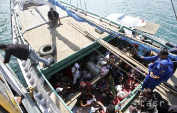 V Slovinsku zadržali tureckých námorníkov, ktorí pašovali utečencov