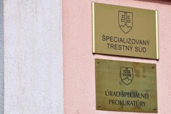 Za podplácanie docenta dostala študentka peňažný trest 300 eur