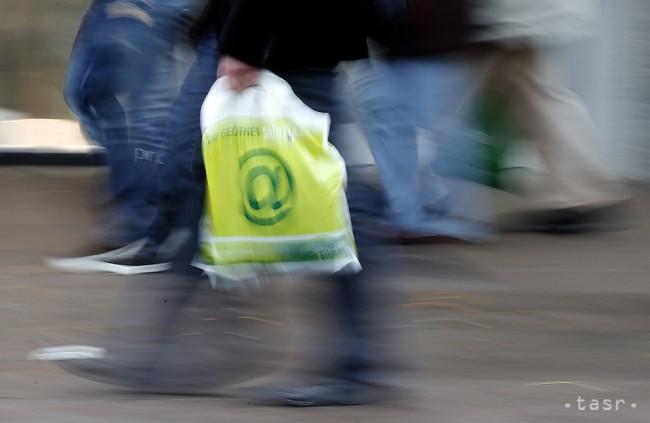 Igelitové tašky nie sú ekologické ani moderné. Čím ich nahradiť?