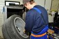 Prichádza čas zimných pneumatík. Ojazdenými riskujete nebezpečenstvo