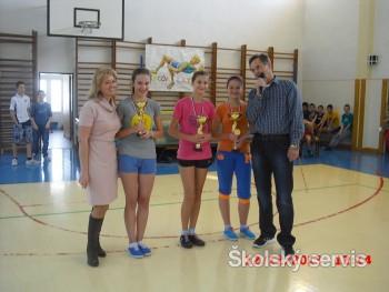 Žiaci základných škôl súťažili v skoku do výšky