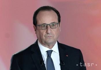 Francúzsky prezident kvôli teroru opäť odkladá návštevu ČR