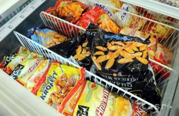 Treba jesť menej priemyselne spracovaných potravín, tukov a soli