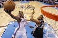 NBA: Rozhodujúci kôš v Miami zaznamenal Dion Waiters